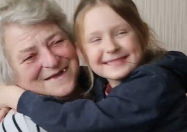 Пенсионерка воспитывает детей внучки, кадр из репортажа Белсат: Facebook