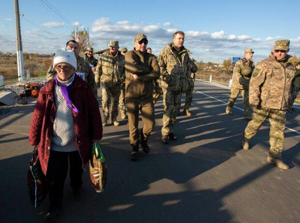 Разведение войск в Петровском: украинские защитники вступили в финальную фазу