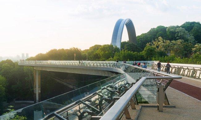 Кличко прогорел с горе-мостом: дерибан - на миллионы, схемой заинтересовались в полиции