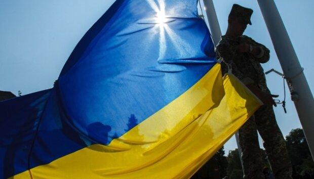 Вони назавжди лишилися на Донбасі: на Прикарпатті вперше вшановують День пам'яті загиблих захисників України