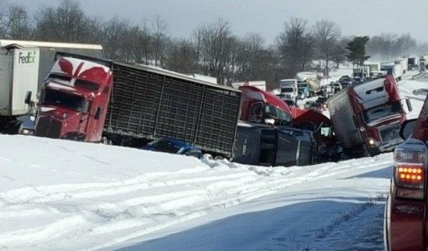 В США аварія за участі 50 автівок (фото)