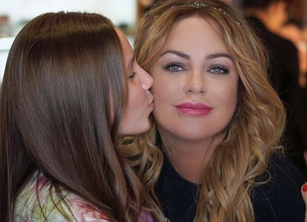 Юлія Началова з донькою, фото: ВКонтакте