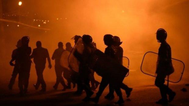 Погромы в Ереване: перестрелки и 60 раненых