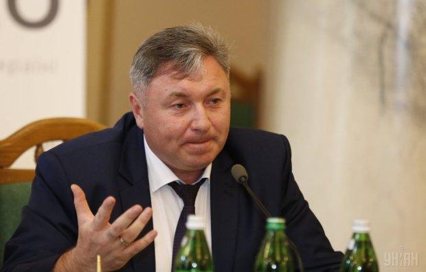 Бывший губернатор Луганщины устроил дикую стрельбу: подробности