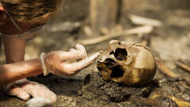 Моторошні речі, які археологи витягли з боліт: побачене проймає до тремтіння