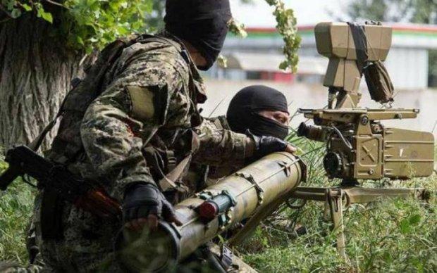 """Путинские нелюди на Донбассе обстреляли мирное население: объявлено """"красный"""" режим"""