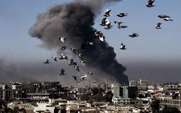 Новый удар по Сирии: ракеты прилетели откуда не ждали