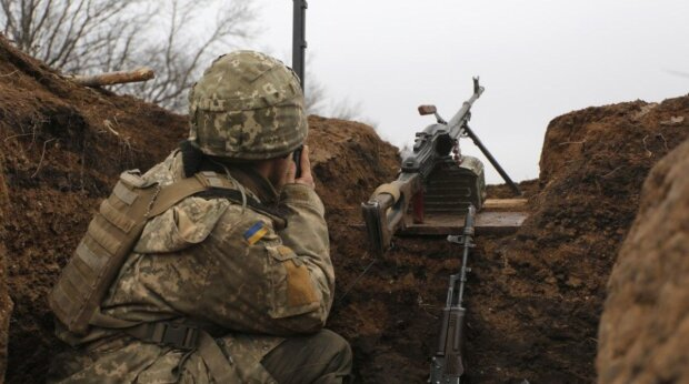 Путинские наемники продолжают плевать на договоренности: враг шесть раз нарушал режим тишины на Донбассе