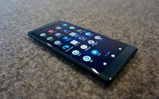 Sony Xperia XZ2 Premium: смартфон показал свою темную сторону