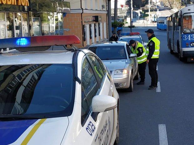 Начали штрафовать: в Украине заработало новое правило для автомобилистов
