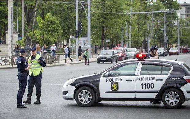 Попи і поліцейські перетворили гей-парад в грішнувату м'ясорубку: відео