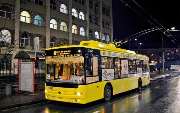 Это надо знать: как будет работать столичный транспорт в новогоднюю ночь