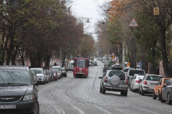 Обходьте десятою дорогою: топ найбільш небезпечних вулиць Львова