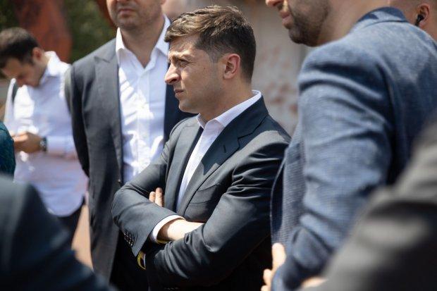 """Зеленський жорстко зчепився зі скандальною чиновницею: """"Карамельку рошенівську витягни"""""""