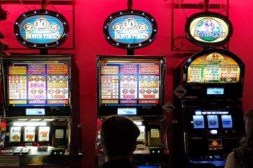 Играть в интернет казино бесплатно