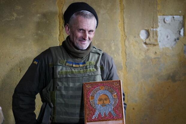 воїн-іконописець Анатолій Ткаченко, фото: nnovosti