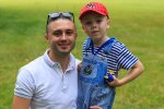 Тарас Тополя з сином, фото-UNFPA Ukraine