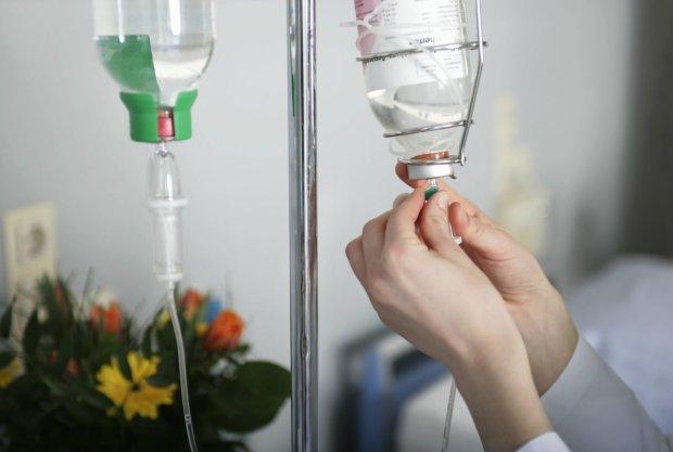 Смертельна хвороба повернулась в Україну: вбиває миттєво