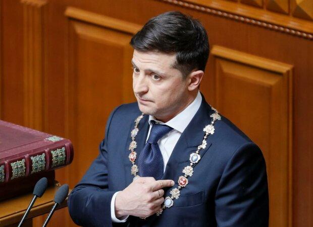 Головне за день четверга 19 вересня: імпічмент Зеленського, Голлівуд в Україні і початок опалювального сезону