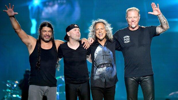 Всему виной алкоголизм: популярная группа Metallica отменила концертный тур