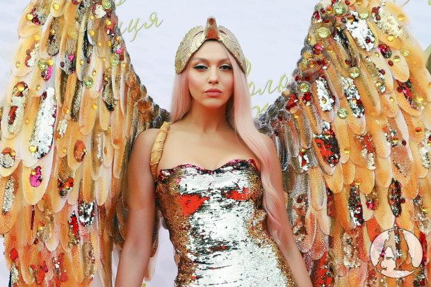 """""""Я не хочу быть третьей лишней"""": новый хит Поляковой обожжет сердце каждой женщины, готовьте платочки"""