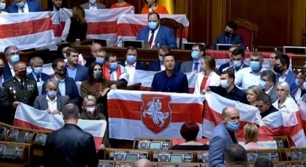Эксперт: Вопрос Белоруссии четко разделил Раду на проамериканские и проукраинские силы