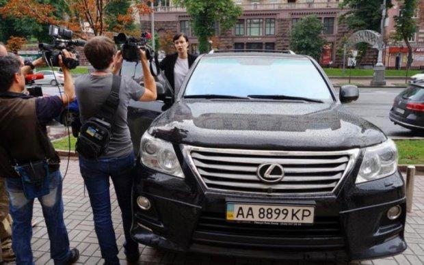Приходько против Порошенко: полиция делала все, чтобы певица опоздала в суд
