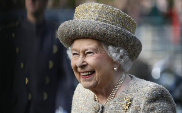Королева Єлизавета II відтяпала шматок Києва