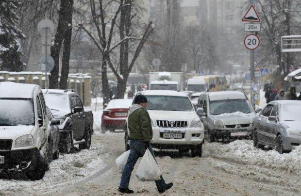 Снегопад, фото: Unian