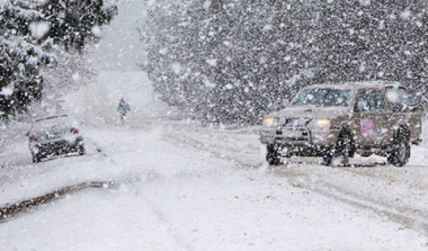 В Харкові паніка через снігопад (фото, відео)