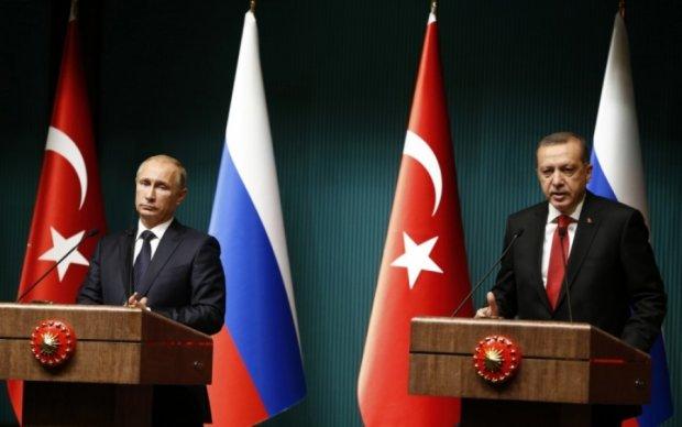 Турция вонзила очередной нож в спину России