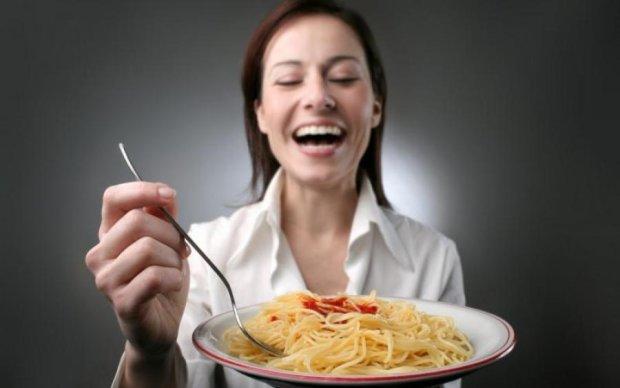 """Вживання макаронів: всі """"за"""" та """"проти"""""""