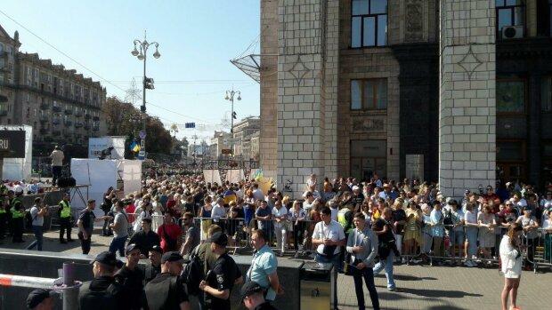 Стало известно, сколько украинцев живет в стране на самом деле: пугающие цифры