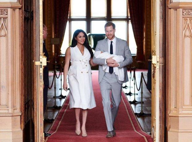 Меган Маркл и принц Гарри со своим первенцем
