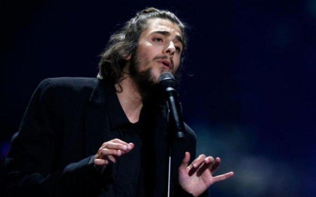 Победителя Евровидения срочно госпитализировали