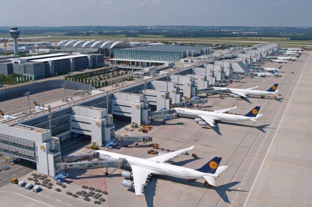 Ryanair собрался потроллить конкурентов и сам стал посмешищем: фото