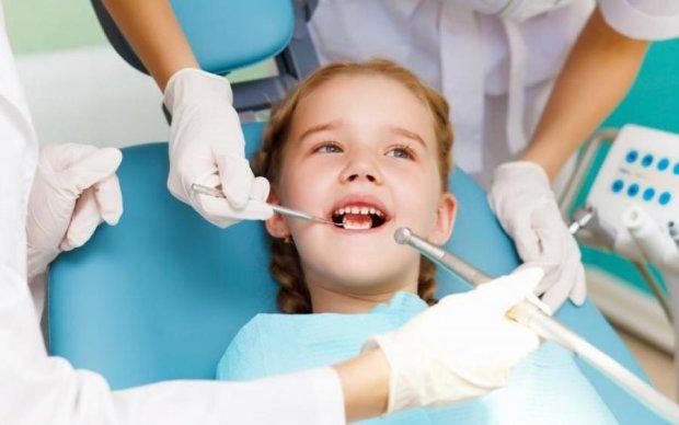 Назван самый опасный продукт для детских зубов