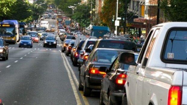 Дизель по 7 гривен, бензин по 5: цены на харьковских АЗС изменятся, сколько стоит заправить авто
