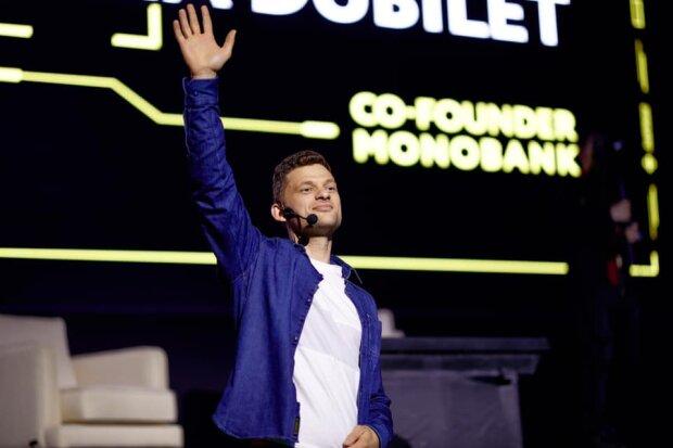 Дмитрий Дубилет, министр