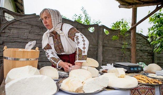 У Винниках на фестивалі робили сирних коників