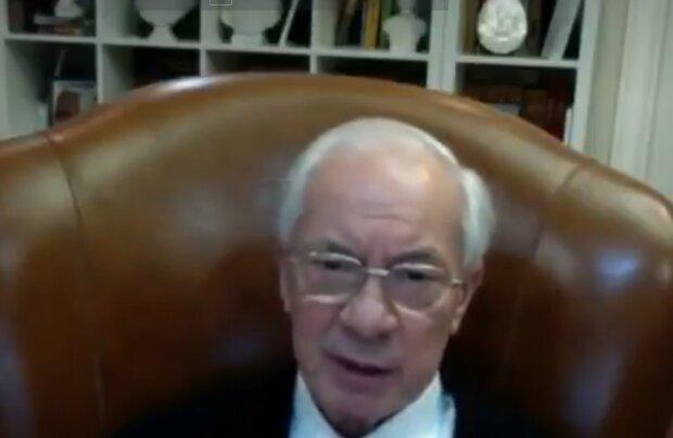 Микола Азаров, кадр з відео