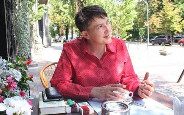 Савченко: чтобы вытащить родных из российских тюрем, родственники идут к Медведчуку