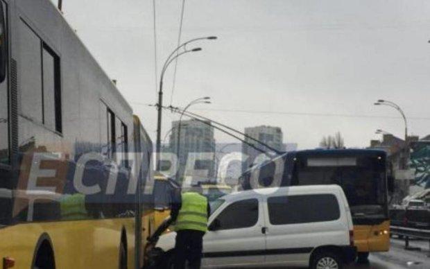 Пьяный киевлянин устроил массовое побоище машин