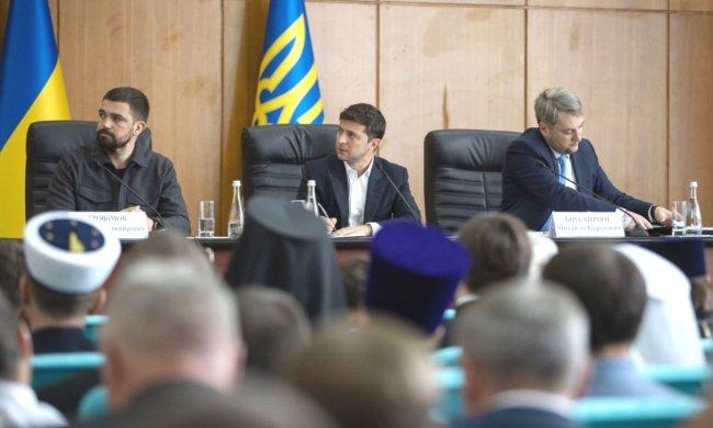 """Зеленский устроил взбучку киевским чиновникам: """"У вас есть один год"""", - кадры переполоха"""