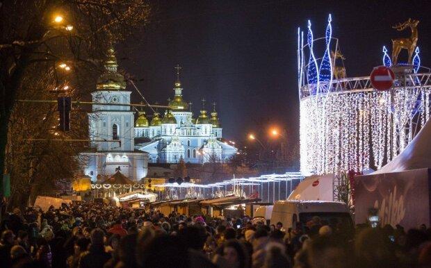 Нові ціни, навчання, робота та штрафи: яким для українців буде новий 2020 рік, головні зміни