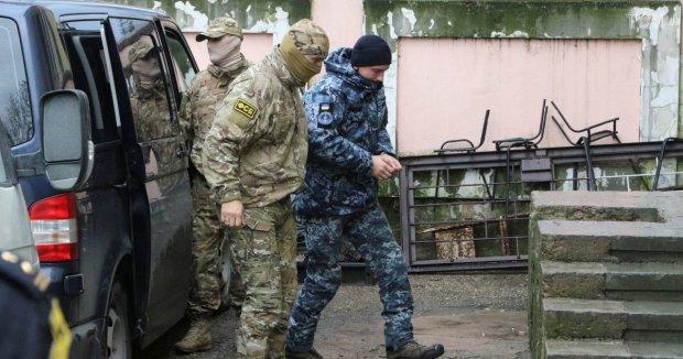 Поки наші мовчать: півсотні російських адвокатів рвуться захищати українських моряків у Москві