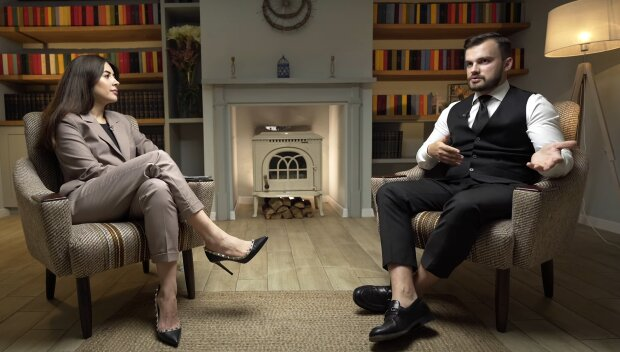 Рамина и Евгений Пронин, скриншот из видео