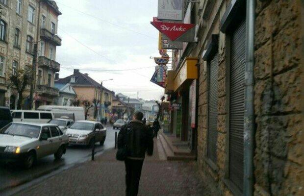 Франківці, пірнайте в куртки: синоптики засмутили прогнозом на 4 вересня
