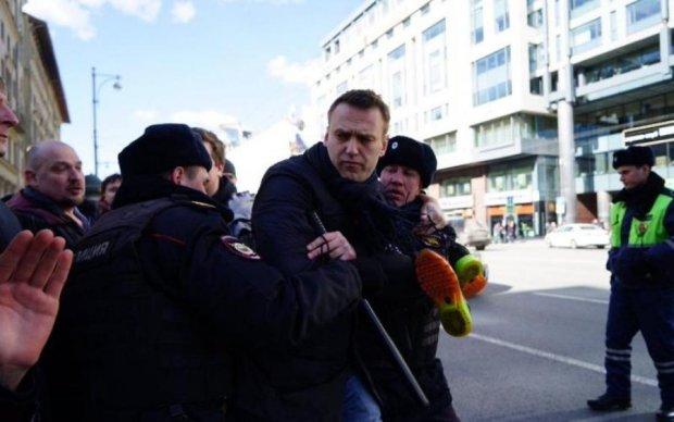 Не на митинг, а в СИЗО: Навального схватили в Москве
