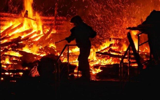 Трагедія у Вікторії: дитячий табір згорів через найдурнішу причину